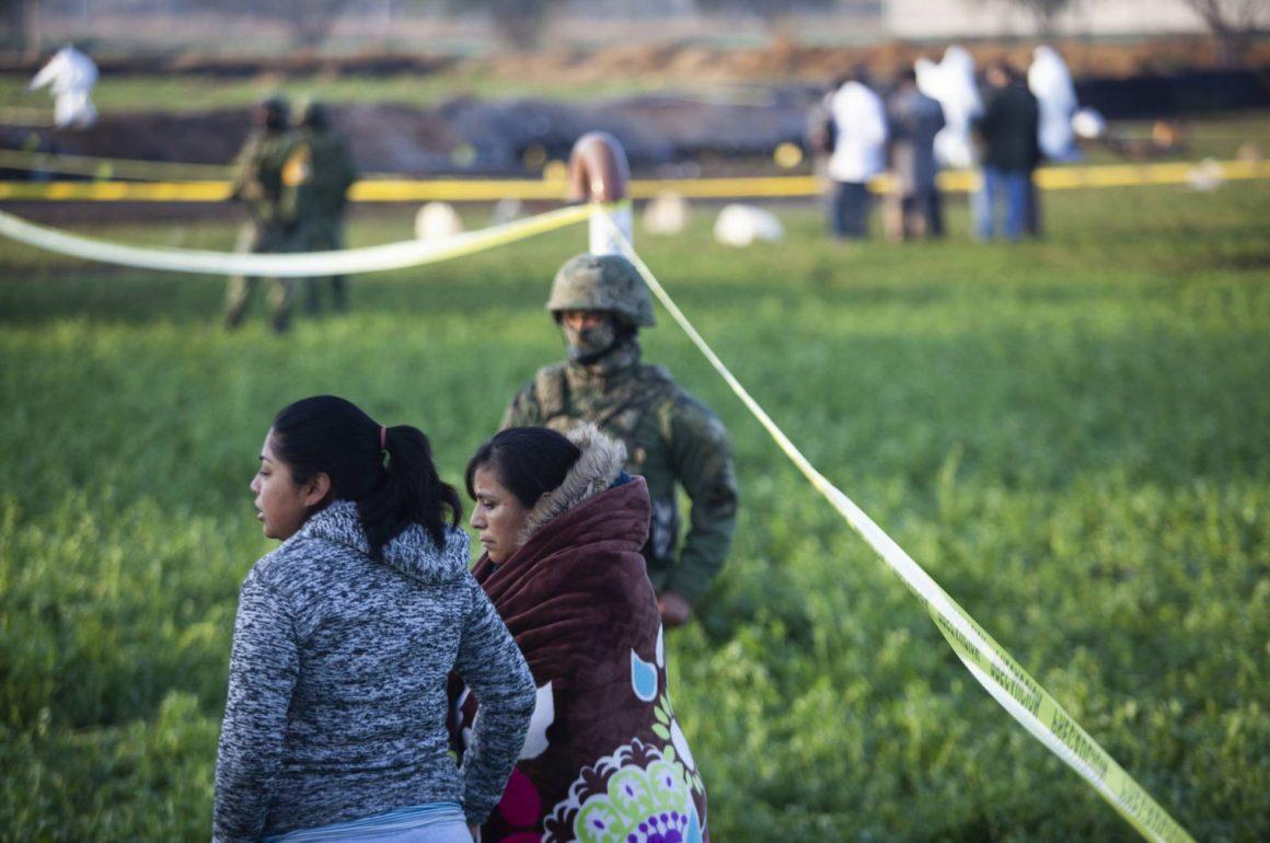 Aunque se hubiera reforzado la zona, no se hubiera logrado mucho porque la gente no respeta al ejercito: López Obrador